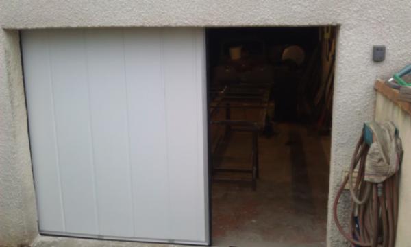 Porte de garage logikinov fen tres portes et pergolas for Garage a caen